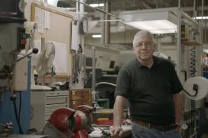 勒罗伊·奥特在诺信公司庆祝55岁生日