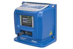 Zaawansowana technologia kontroli wzorów zapewniająca szybkie, dokładne i niezawodne programowanie i kontrolę wzorów nanoszenia kleju.