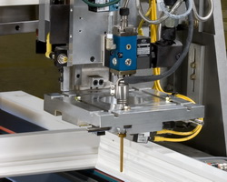 AG-900 applicators for solid or foamed hot melt adhesives or sealants