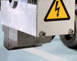 EP slot applicators deliver clean hot melt adhesive cutoff
