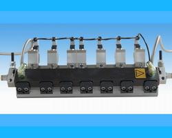 TrueCoat slot applicators for intermittent and continuous coating