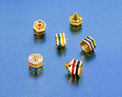 Saturn nozzles feature color-coded rings to indicate orifice and engagement sizes