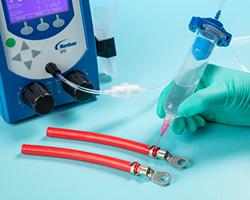 Nordson EFD Ultimus II™ dosadores de cianoacrilatos
