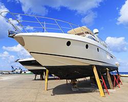 Dvousložkový dávkovací systém pro opravy a údržbu námořních plavidel.