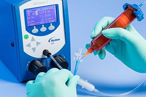 Os dispensadores de fluido Ultimus oferecem controle preciso para aplicações avançadas.
