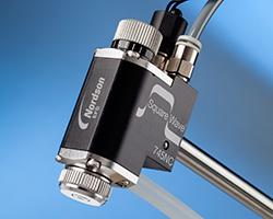 Бесконтактный дозирующий клапан Square Wave™ 745NC